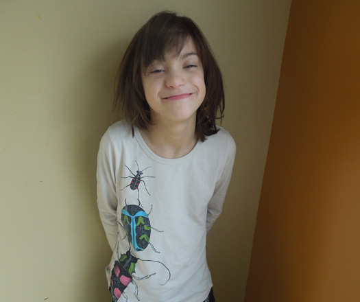 Amelia in bug shirt 3