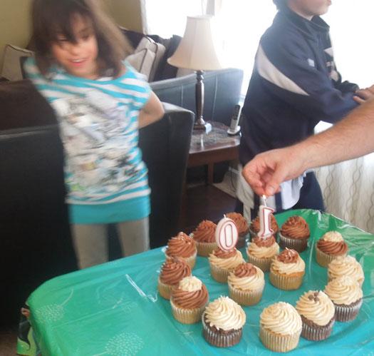 amelia and cupcakes