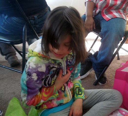 amelia opens gifts