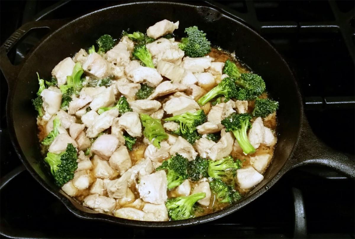 nongmo-chicken-with-broccoli