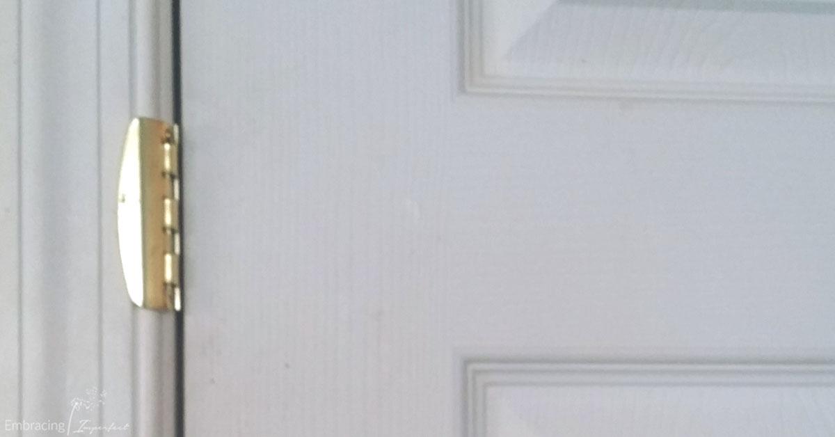 flip lock on door